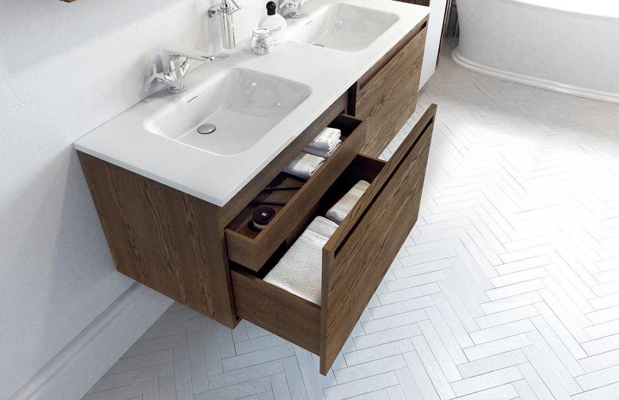 drevo v kúpeľni