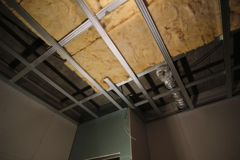 sadrokartón strop